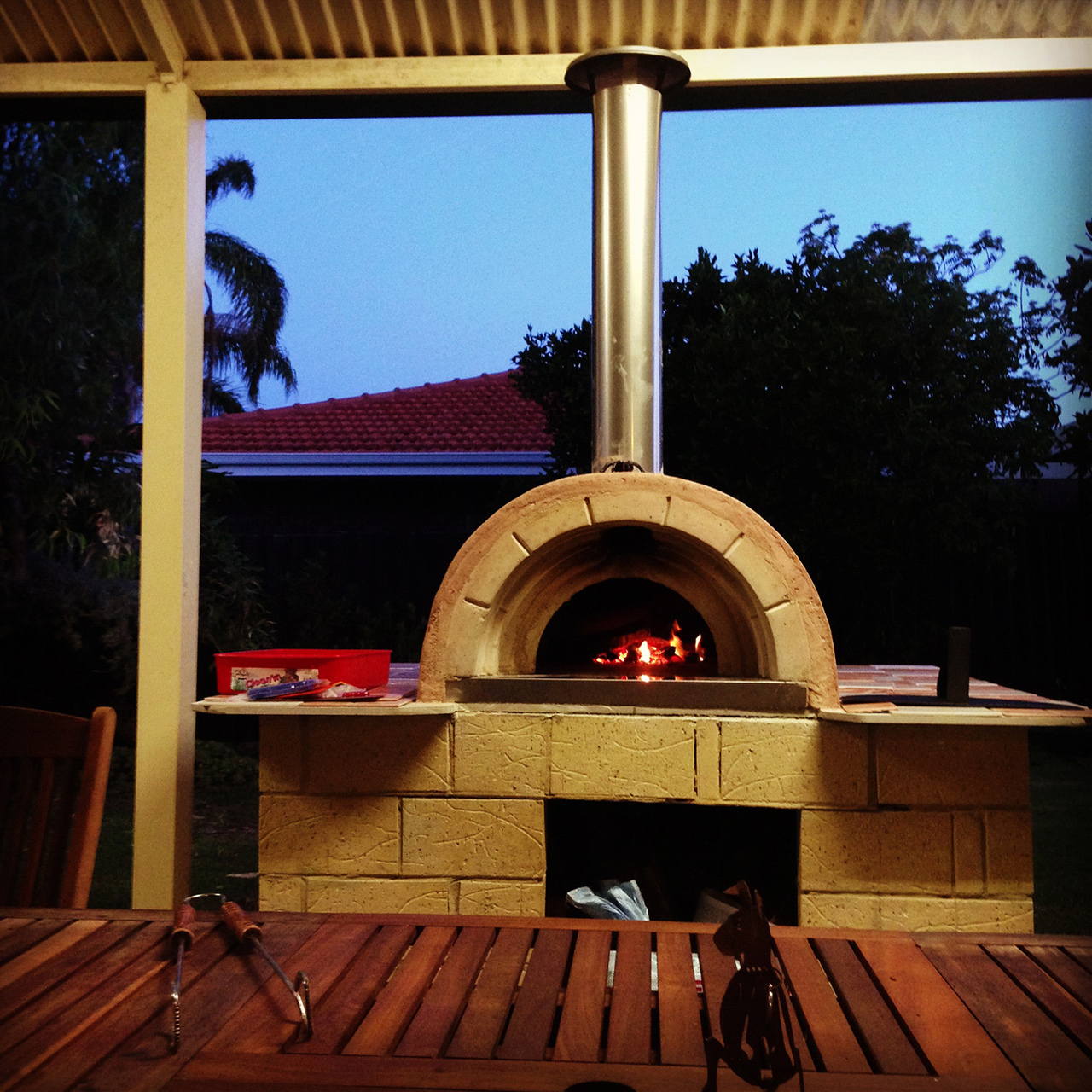 Outdoor Living – Wood Fired Pizza Ovens
